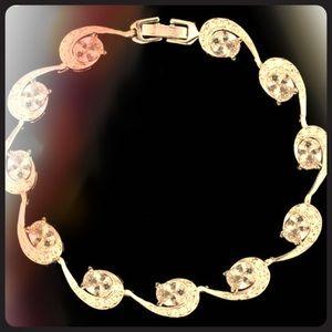 Jewelry - Beautiful Bracelet!!
